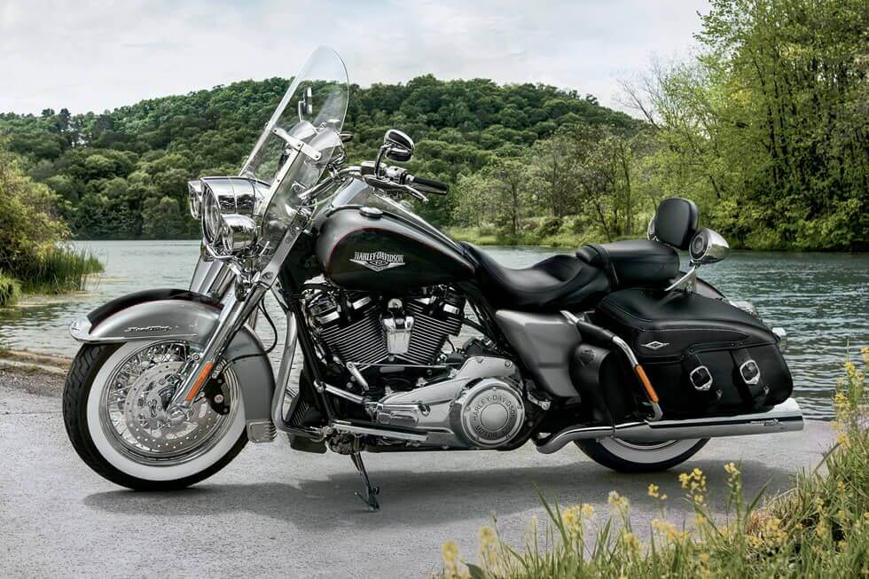 harley-davidson-road-king-classic-03